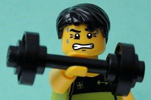 Как часто нужно менять программу тренировок или почему мышцы не нужно удивлять