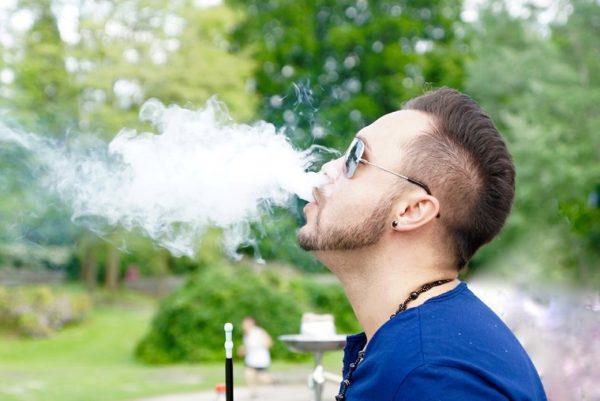 Почему после курения хочется в таулет