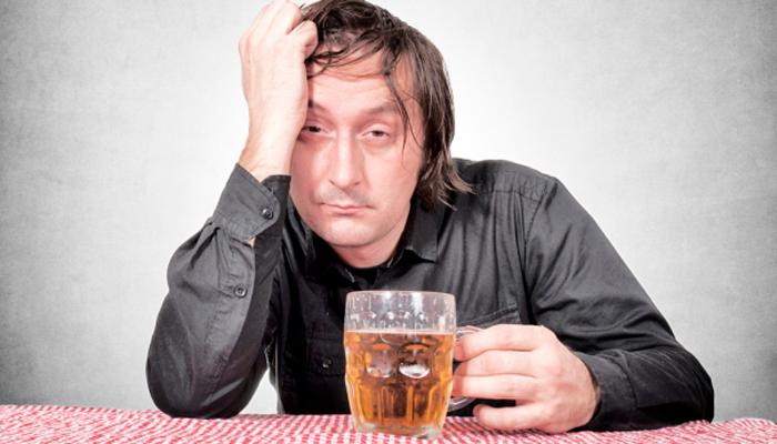 Понижения уровня ФСГ у мужчин из-за пристрастия к алкогольным напиткам