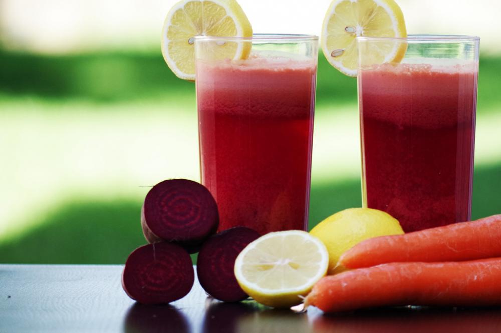 Морковно-свекольный сок - польза и вред (состав, лечение, польза)