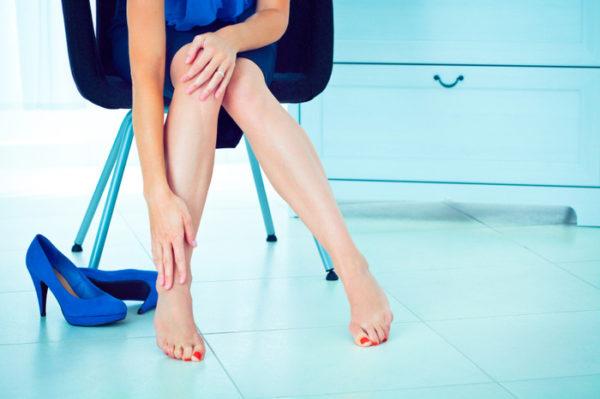 Почему болят ноги от курения