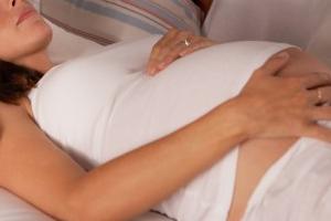 спать на спине при беременности