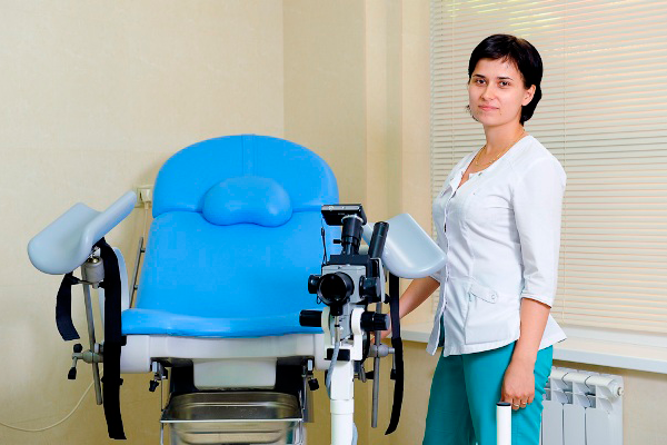 Посещение гинеколога при планировании беременности после 40 лет