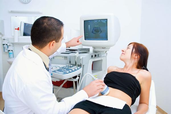 УЗИ обследование с целью определить не замер ли эмбрион