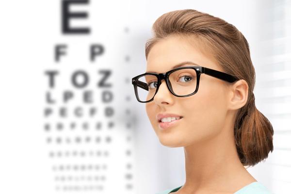 Проблемы со зрением, как один из побочных эффектов приема контрацептивов