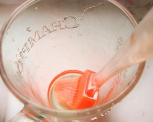 &quot,Праздничная кружка&quot,: полезная колбаса в стакане - можно даже детям