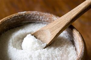 Соль от пота на руках