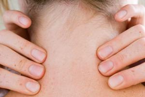 болит шея в период беременности