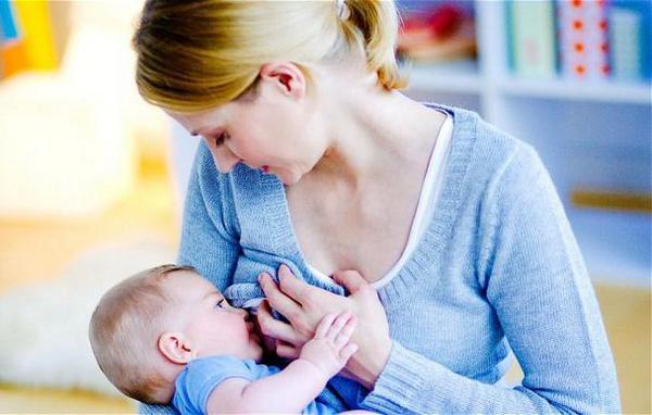 кормление грудью ребенка