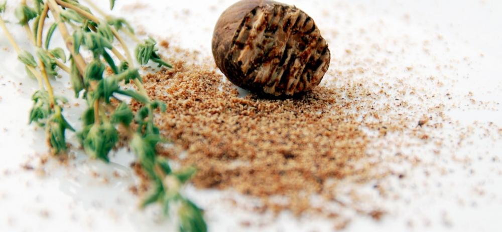 Мускатный орех: полезные свойства и противопоказания. Чем полезен ...